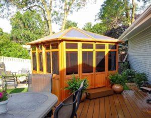 Solarus Hut