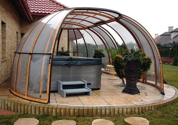 Grand Sunhouse with hot tub