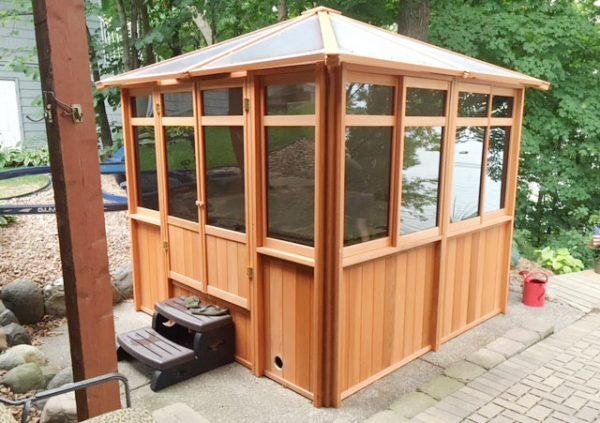 hot tub enclosure with transparent roof