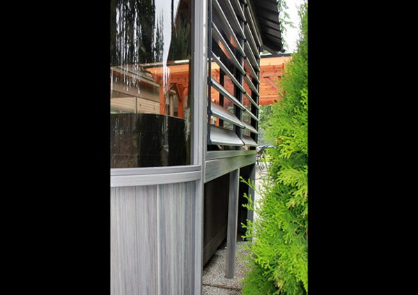 Zento gazebo window